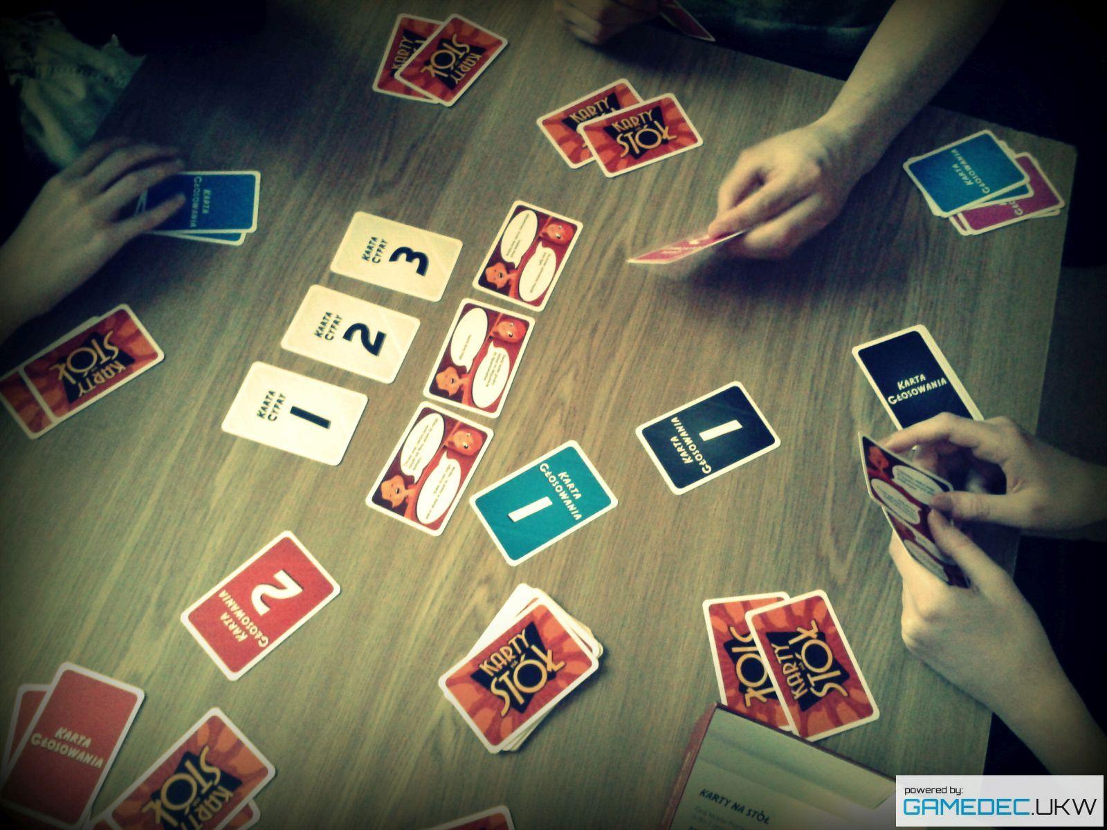 Karty na stół_02