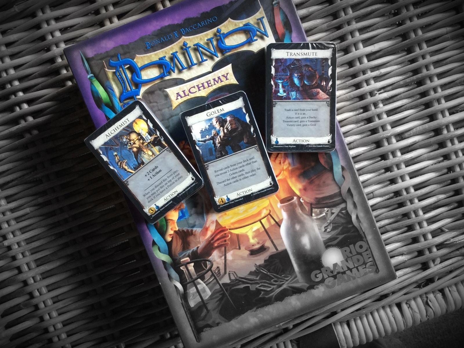 Dominion Alchemy / fot. Przystanek Planszówka